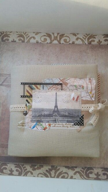 Скрап альбом про поездку в Париж.формат 15х15