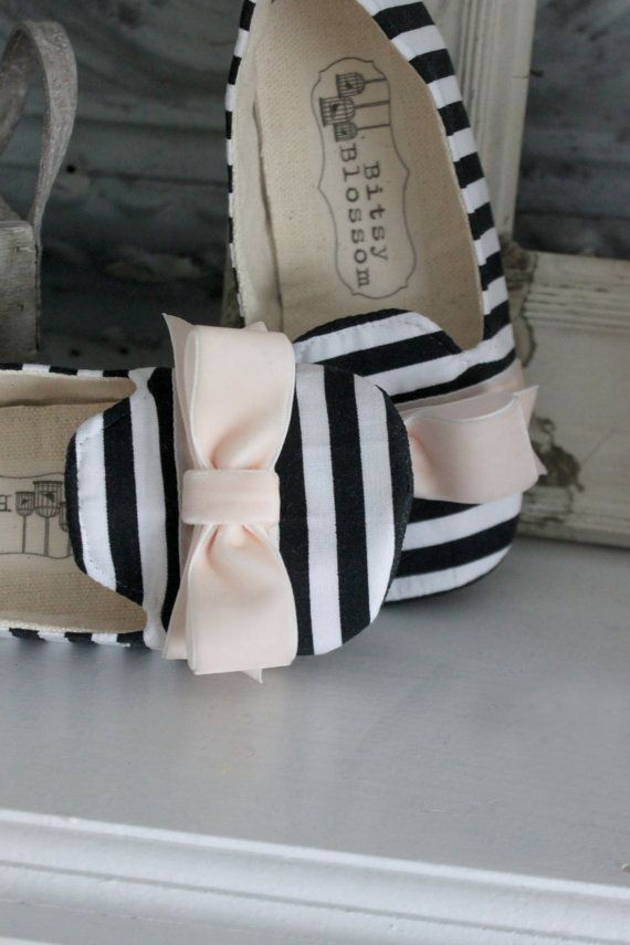 Black and White Baby Shoes Toddler Girl Shoes Soft by BitsyBlossom