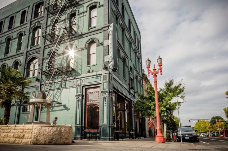 Built in 1881 to safely house sailors while on shore, The Society Hotel now serves as a refuge for Portland travelers. Accommodations come in three forms, offering a room for every type of guest. Bunkhouses give you the total hostel...