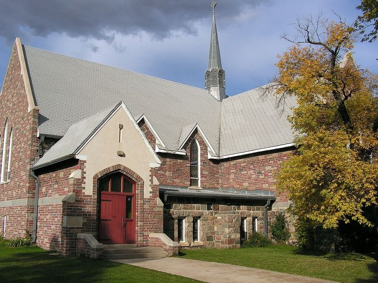 Christ Church Anglican in the Caswell Hill neighbourhood of Saskatoon