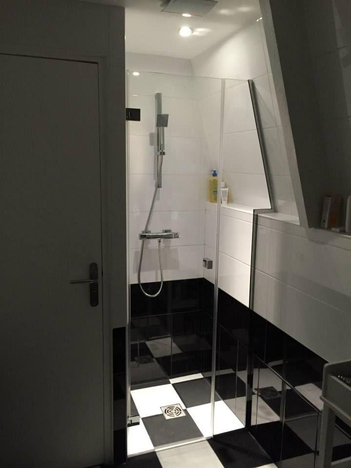 best 10 pare douche ideas on pinterest but salle de. Black Bedroom Furniture Sets. Home Design Ideas