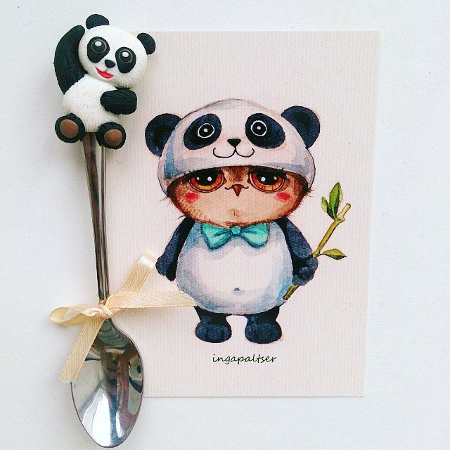 Люблю такие милые заказы, делаются на одном дыхании Панда на заказ для @aigul_sagdeeva  ________________________ Все ложечки здесь ➡ #lerasandrovna_crafts #spoon #kitchen #cucina #kitchenwear #handmade #polymerclay #worldbestideas #icecream #cake #cupcakes #вкусныеложечки #ложечки #праздник #дети #торт #подарки #свадьба #идеи #мороженое #ручнаяработа #Казань #рукоделие #творчество #полимернаяглина #фигурки #лепнина #panda #панда