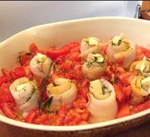 Recette - Filets de sabre roulés et leurs tomates cuits au four - Proposée par 750 grammes