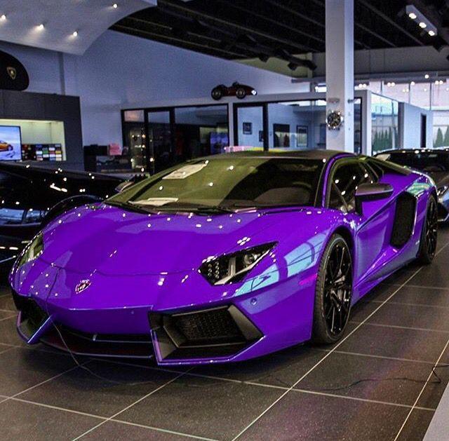 Nice Ultraviolet #Lamborghini #Aventador