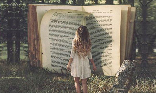 Почему наше будущее зависит отчтения. Однажды Альберта Эйнштейна спросили, как мы можем сделать наших детей умнее. Его ответ был простым и мудрым. Если вы хотите, чтобы ваши дети были умны, сказал он, читайте им сказки. Если вы хотите, чтобы они были еще умнее, читайте им еще больше сказок.   Источник: http://www.adme.ru/tvorchestvo-pisateli/pochemu-nashe-buduschee-zavisit-ot-chteniya-579605/ © AdMe.ru