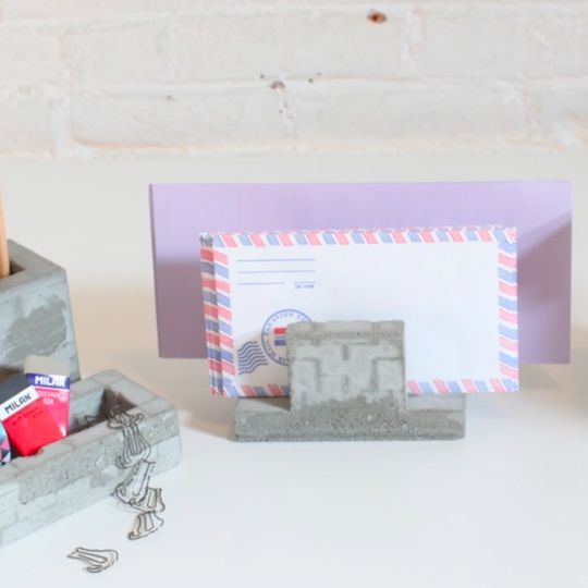 In this tutorial, you will learn how to make sturdy desktop organizers out of concrete by creating moulds using LEGOs.