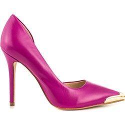 Czółenka Guess Footwear - heels.com