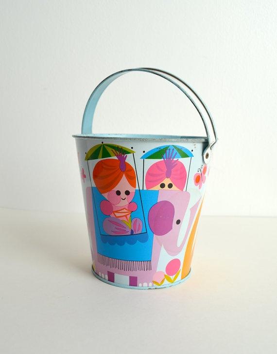 vintage 1960s tin sand pail / cute lion / cute by frecklewonder, $25.00