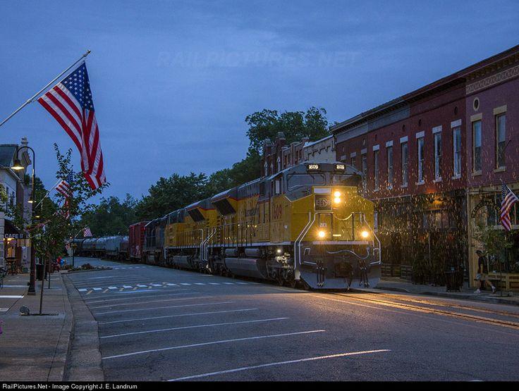 RailPictures.Net Фото: EMDX 1609 EMDX EMD SD70ACe в Лагранж, Кентукки JE Landrum