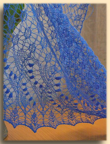 Swallowtail Shawl by xinki, via Flickr free pattern on ravelry