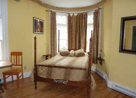 "The ""Yellow Room"" of the Auberge Amerik"