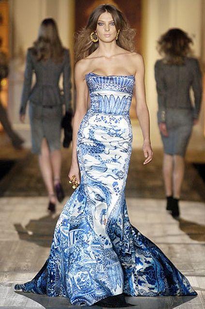 Roberto Cavalli - a blue willow platter in a dress, wow!
