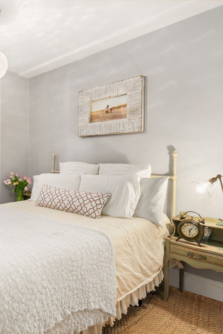 Light Grey Bedside Table: Beautiful, Feminine Bedroom With Light Grey Walls, Vintage