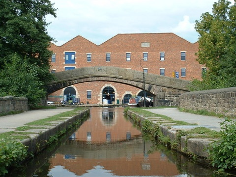 Peak Forest Canal Boat Holiday Hire #narrowboat #holidays #vacation #boat #trips #canal #trip #norfolk #broads