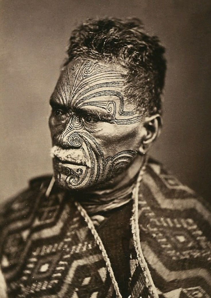 Maori Man: The 25+ Best Maori Face Tattoo Ideas On Pinterest