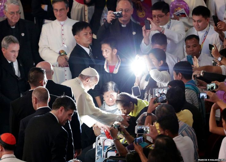 Pope Francis blesses a devotee at Mall of Asia Arena in Manila, Philippines #PapalVisit #PopeInPH #WelcomePopeFrancis