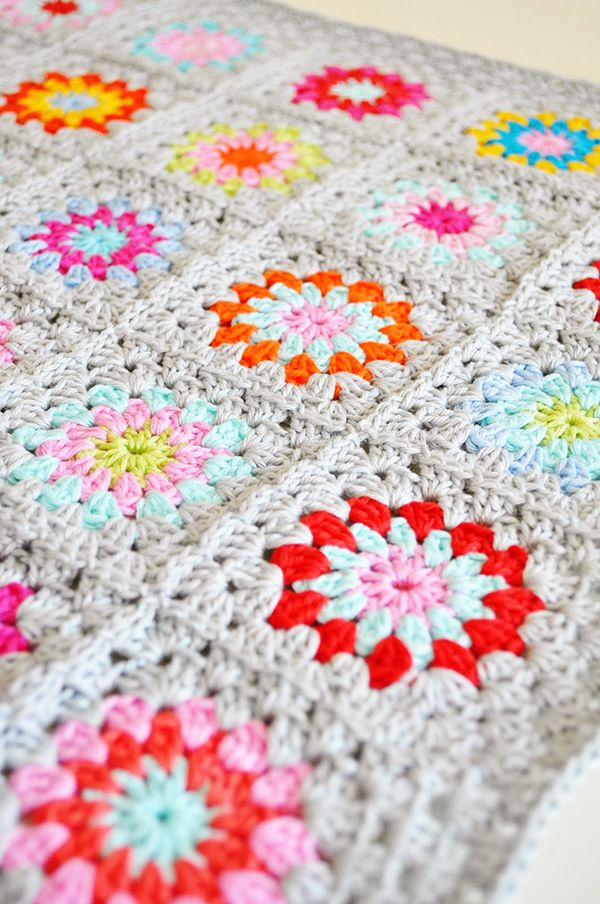 crochet granny square blankets Pretty Crochet Inspiration and Patterns