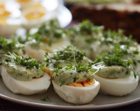 Jajka z majonezem bazyliowym