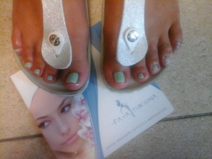 #pedicure #shellac #mintconvertible