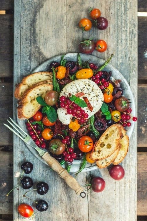 Tomatoes and Mozzarella | Food and Drink