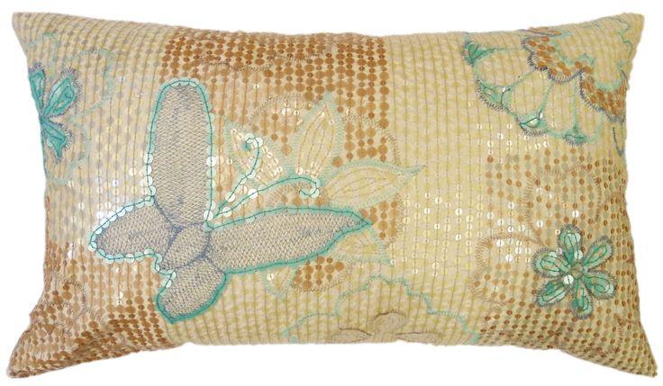 Kussenhoes Papilio 30x50cm ivoor ivoor  Een kussenhoes vervaardigd van 100% polyester in de kleur ivoor. Een zeer mooi kussen door zijn schittering van de vele pailletten verwerkt op het kussen.  EUR 12.95  Meer informatie  #neckermann