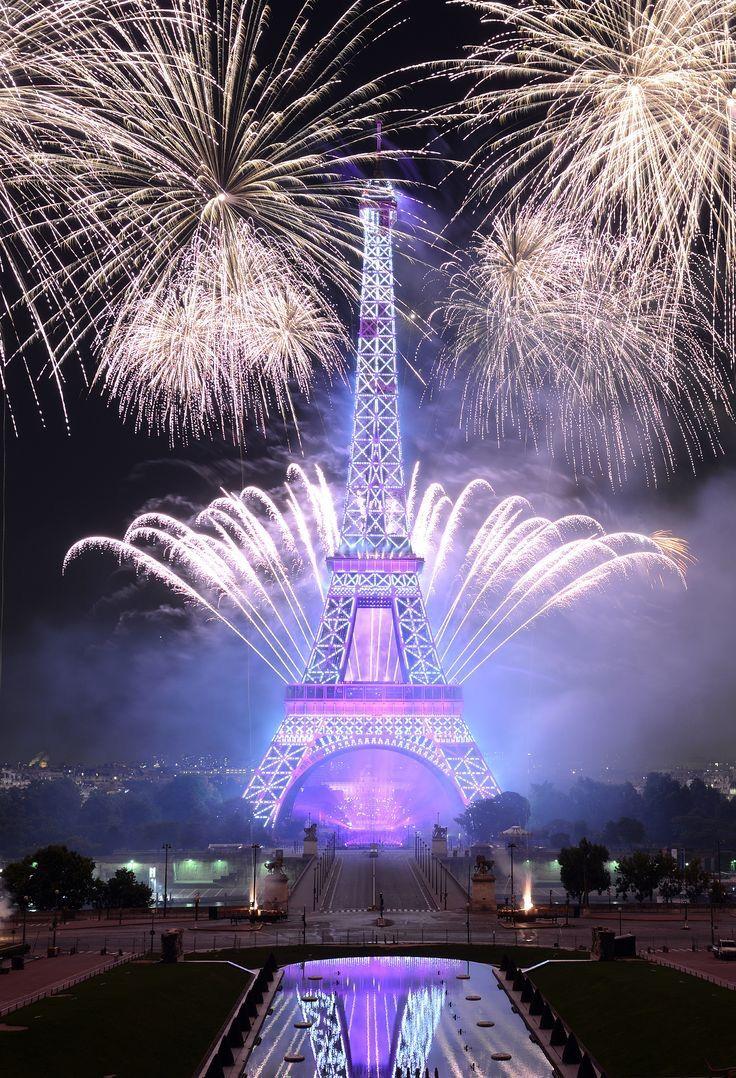 Paris ~ Tour Eiffel ~ Bonne et heuruse année 2017 ~ ღ Skuwandi