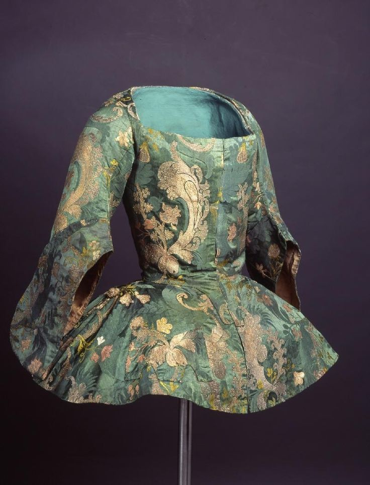 Casaca (Jacket), Spain, French silk, ca. 1730 -1740  CE000619 (c) Museo del Traje