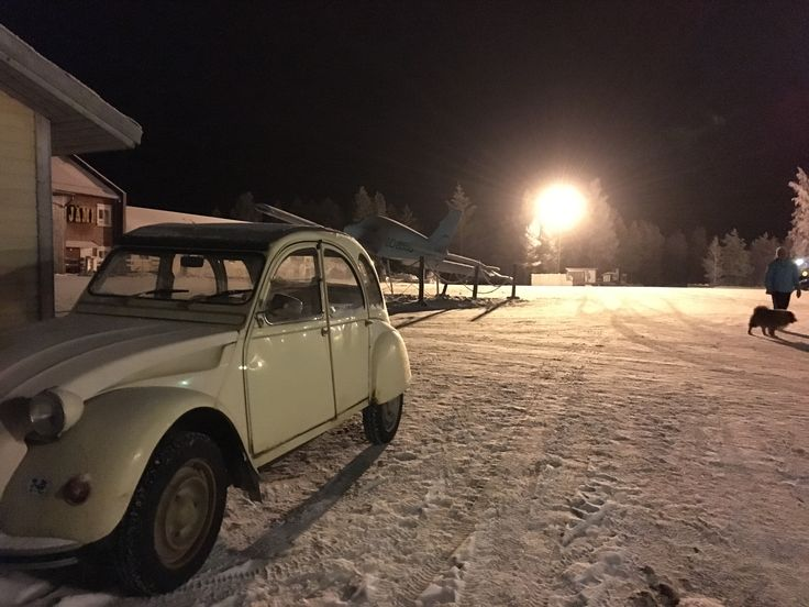 Center of Jämi leisure area at night. Finnish gliding originates from Jämi airfield. So, traditional place. Vintage 👍 #jwm2017