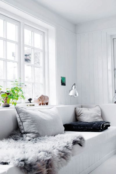 home visit: the most beautiful home in denmark! Window seat