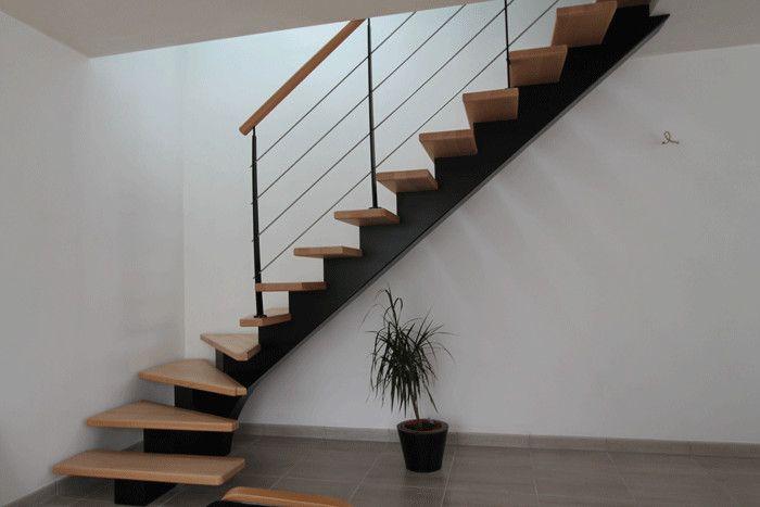 best 25 escalier tournant ideas on pinterest garde. Black Bedroom Furniture Sets. Home Design Ideas