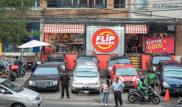 Flip Burger Senopati, Burger Kesukaan Anak Muda