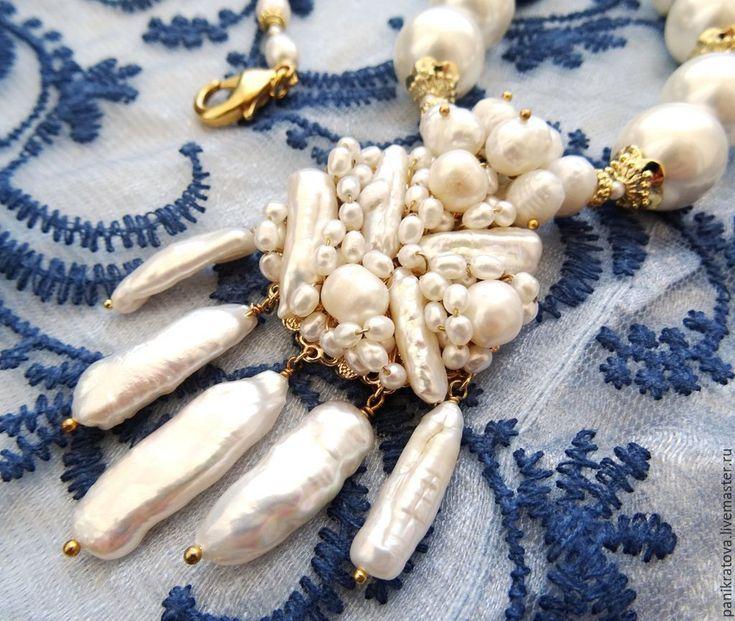 """Купить Колье """"Сахарная пудра"""" (жемчуг, барокко) - белый, жемчужный, Колье с жемчугом, колье с медальоном"""