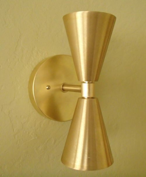 brass-midcentury-wall-sconce