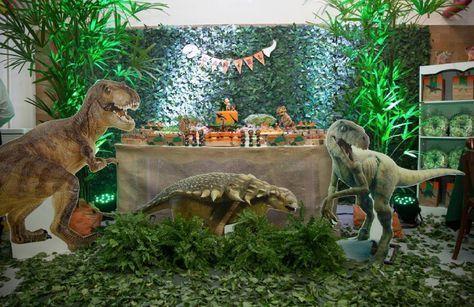 El misterio de los dinosaurios es una gran inspiración para todos los niños, ¿imagina una gran excursión? busca juegos con este tema como d...