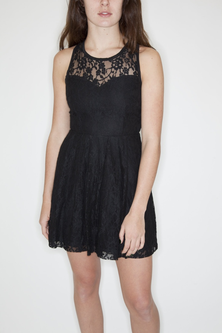 www.socko.ca  Funktional Vintage Lace Dress