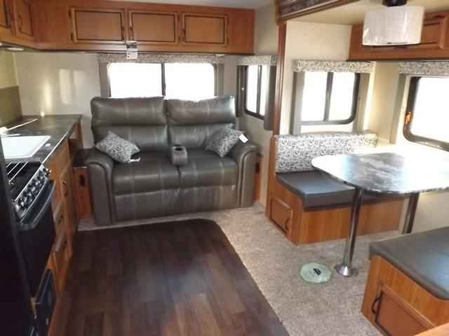 2016 New Starcraft LAUNCH 24RLS Travel Trailer in North Carolina NC.Recreational Vehicle, rv, 2016 Starcraft LAUNCH24RLS, Aluminum Rims, Climate Package, Customer Convenience Pkg, Elite Package, LED TV, Show Stopper Pkg, Theater Seating ,