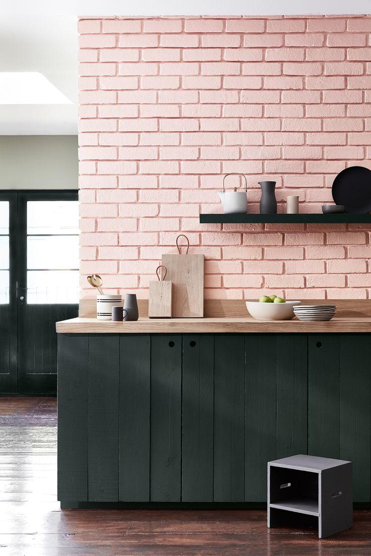 Nieuwe collectie 'Pink' van Little Greene Paint. Gebruikte kleuren: Confetti 274, Lamp Black 228, Salix 99