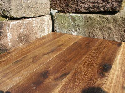Biofarbenin ekologisilla öljyvahoilla vanhan lattian kunnostus sujuu helposti ja vaha suojaa lattiaa kellastumista vastaan. Biofarben-oilwax is a natural product for protecting wooden floors. It prevents wood from turning yellow.