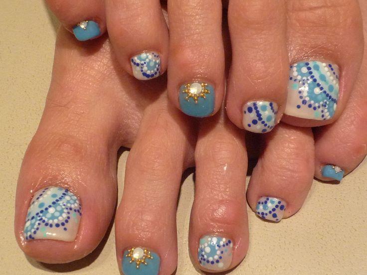 Fancy toenails, even though I hate feet, Id do something like that on my  hands. - Best 25+ Blue Toes Ideas On Pinterest Blue Pedicure, Glitter Toe