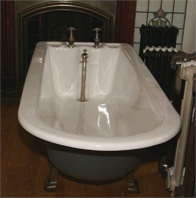 LARGE RESTORED PLUNGER BATH