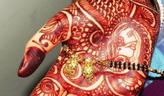 How To Get Dark & Long Lasting Mehendi (Henna)