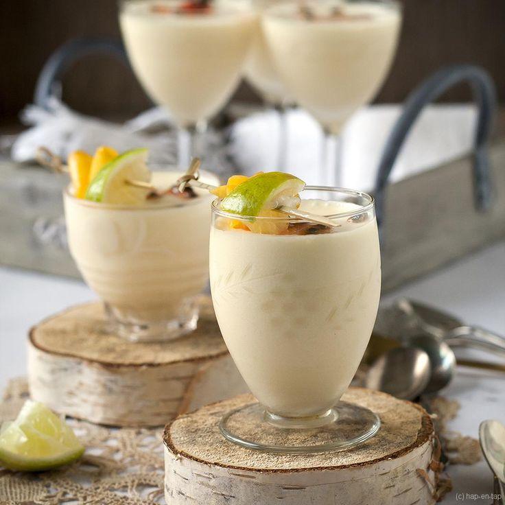 Deze crème van passievruchten en kokos is een Thais dessert met passievrucht en kokos in de hoofdrol, een match made in heaven.
