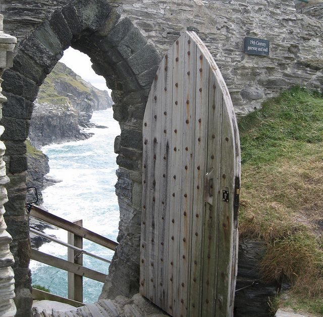 Tintagel, Cornwall, England: Doors, Castle Ruins, Castles, Sea, Places, Gates, Photo, Cornwall