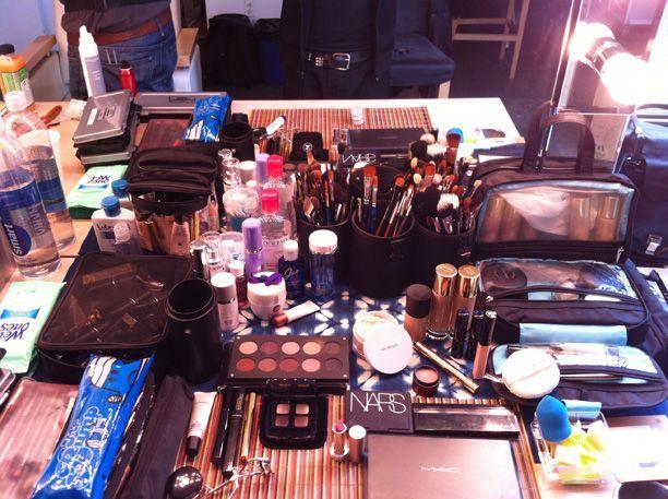 Makeup Artist Daniel Martins Traveling Makeup Kit Http Www Makeup Com Article Makeup Artist Danie Makeup Artist Kit Makeup Artist Kit Essentials Makeup Kit