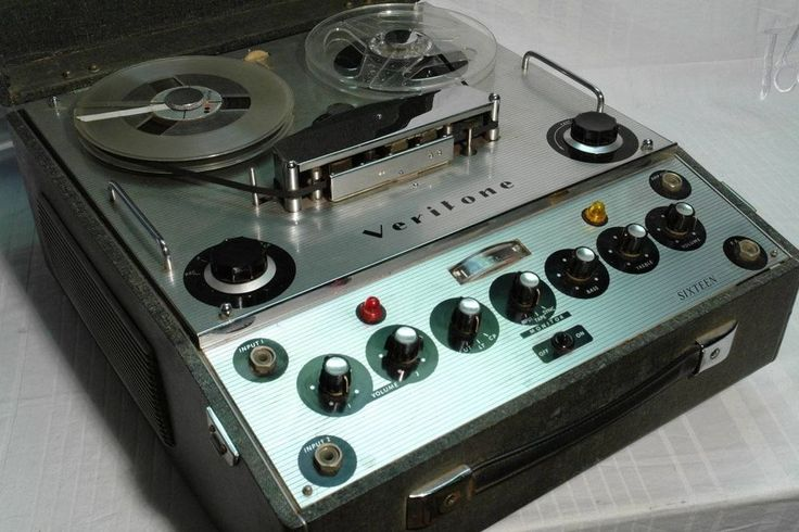 Old Vintage Veritone 16 Reel to Reel Tape Recorder