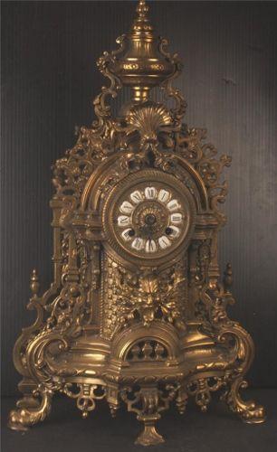 Antika Köstekli Masa Saatleri