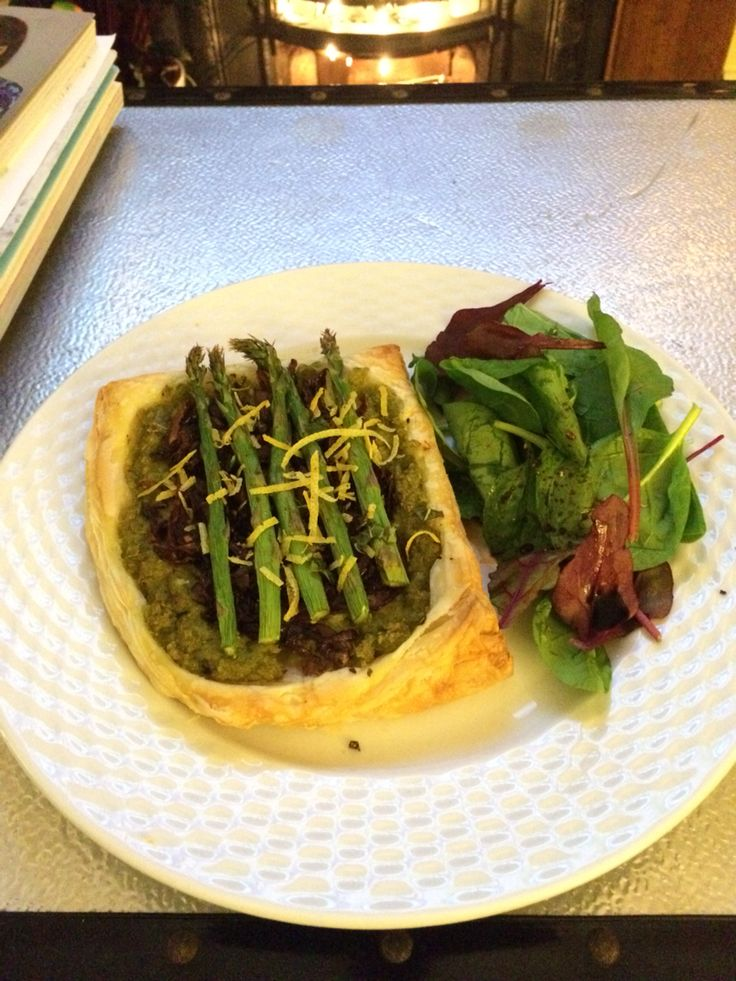Vegan asparagus, minted pea, and caramelised red onion tart.