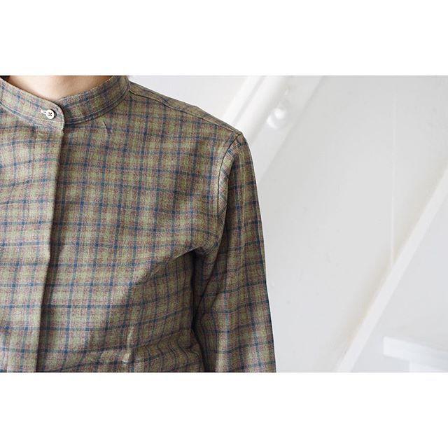 shirt setup style.  for women.      #lifestyleorder#meguro#ladiessuit#andc#instagood#photooftheday#ordersuit#fashion#ordermade#bespoke#suit#ootd#womens#ordermade#shirt  #スナップ#レディーススーツ#スーツ女子#オーダースーツ#オーダーメイド#スーツ#目黒 #レディースファッション#シャツコーデ#オーダーメイド#スタンドカラーシャツ