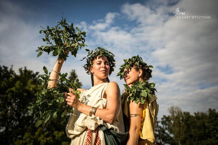 Roman dominas et puellae. Legio XXI Rapax. Living history. A recreation of Roman legion. Fot. Cezary Wyszynski Photography