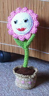 Ravelry: Flower pattern by Kerstin Batz